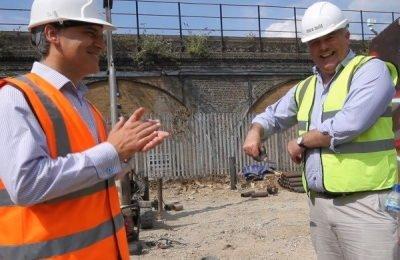 Richard Bacon MP ribbon cutting